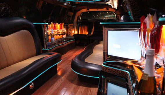 Vehicles Grand Rapids Party Bus The Finest In Party